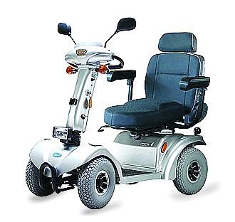 四轮电动代步车 老年代步车 四轮电动车 高清图片